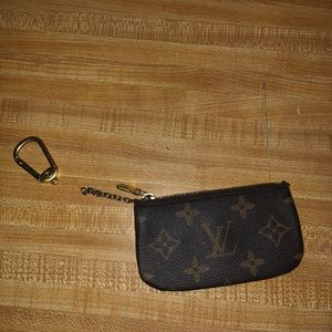 ❤️AUTHENTIC LOUIS VUITTON KEY POUCH